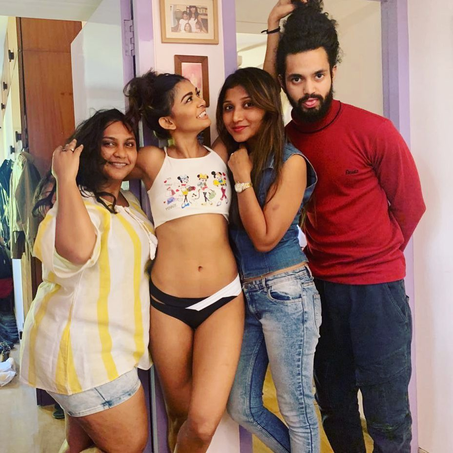 Sakshi Pradhan with friends Instagram photos