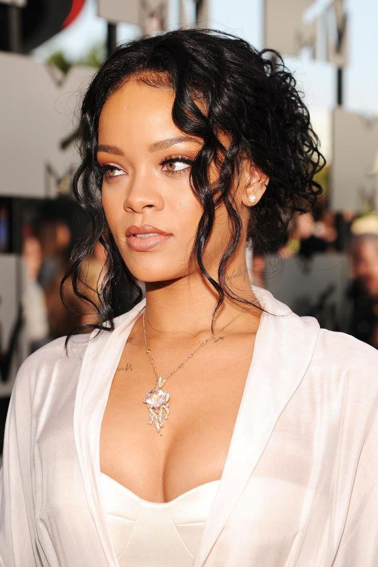 Worth seeing these rihanna 2019 hairstyles, Fenty Beauty