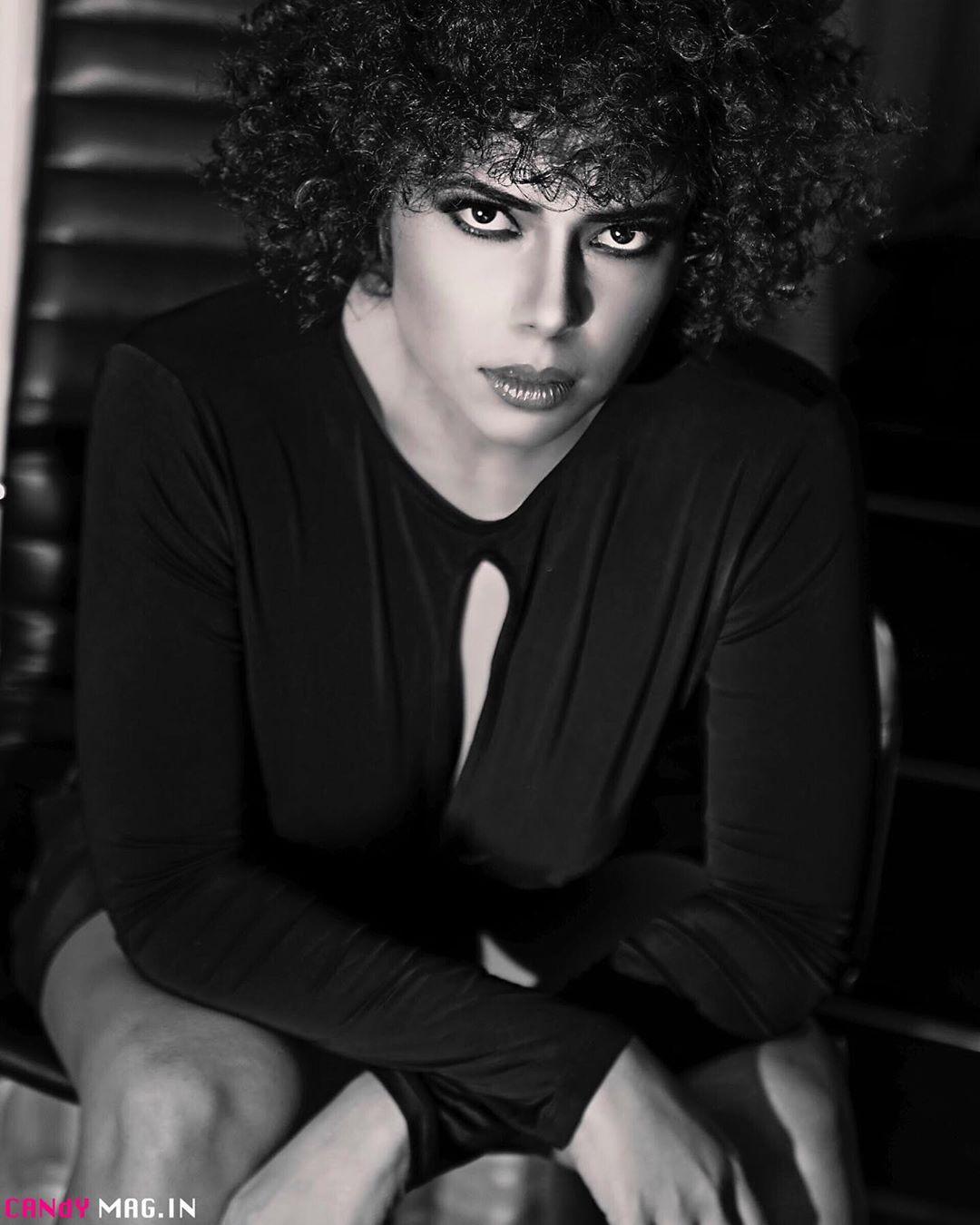 Farrah Kader Black And White Instagram Photos