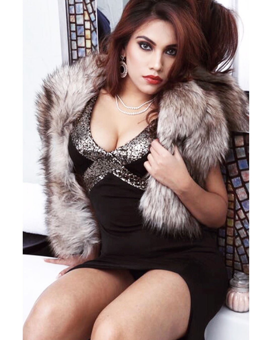 Love these cool fur clothing, Photo shoot