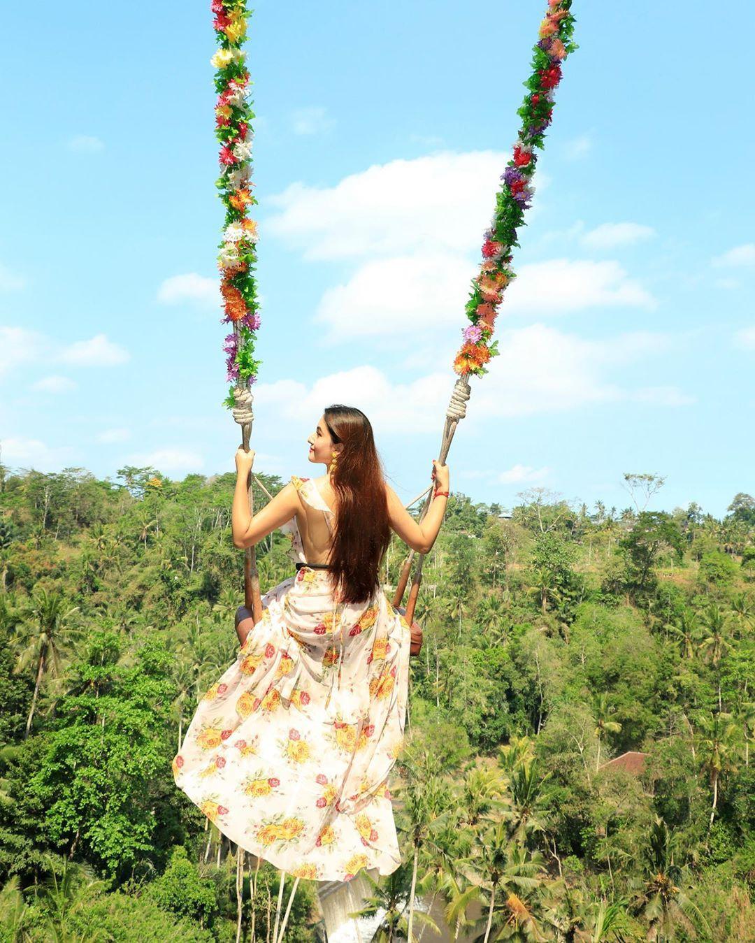 Gorgeous Aditi Budhathoki Instagram Pics