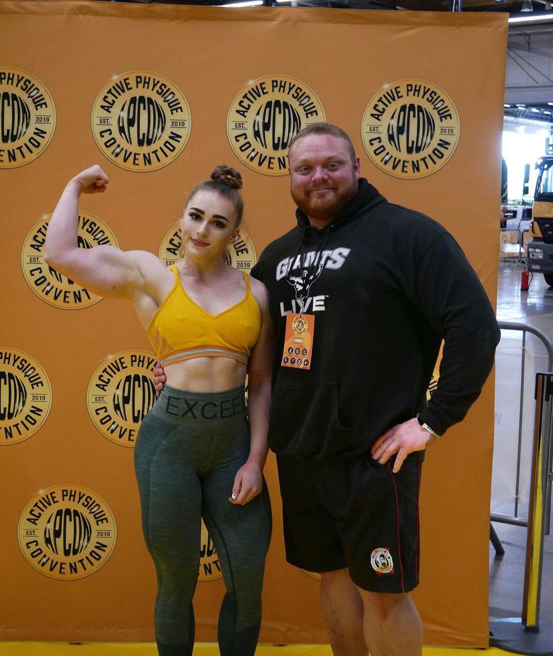 Julia Vins Bodybuilder, Julia Vins, Physical fitness