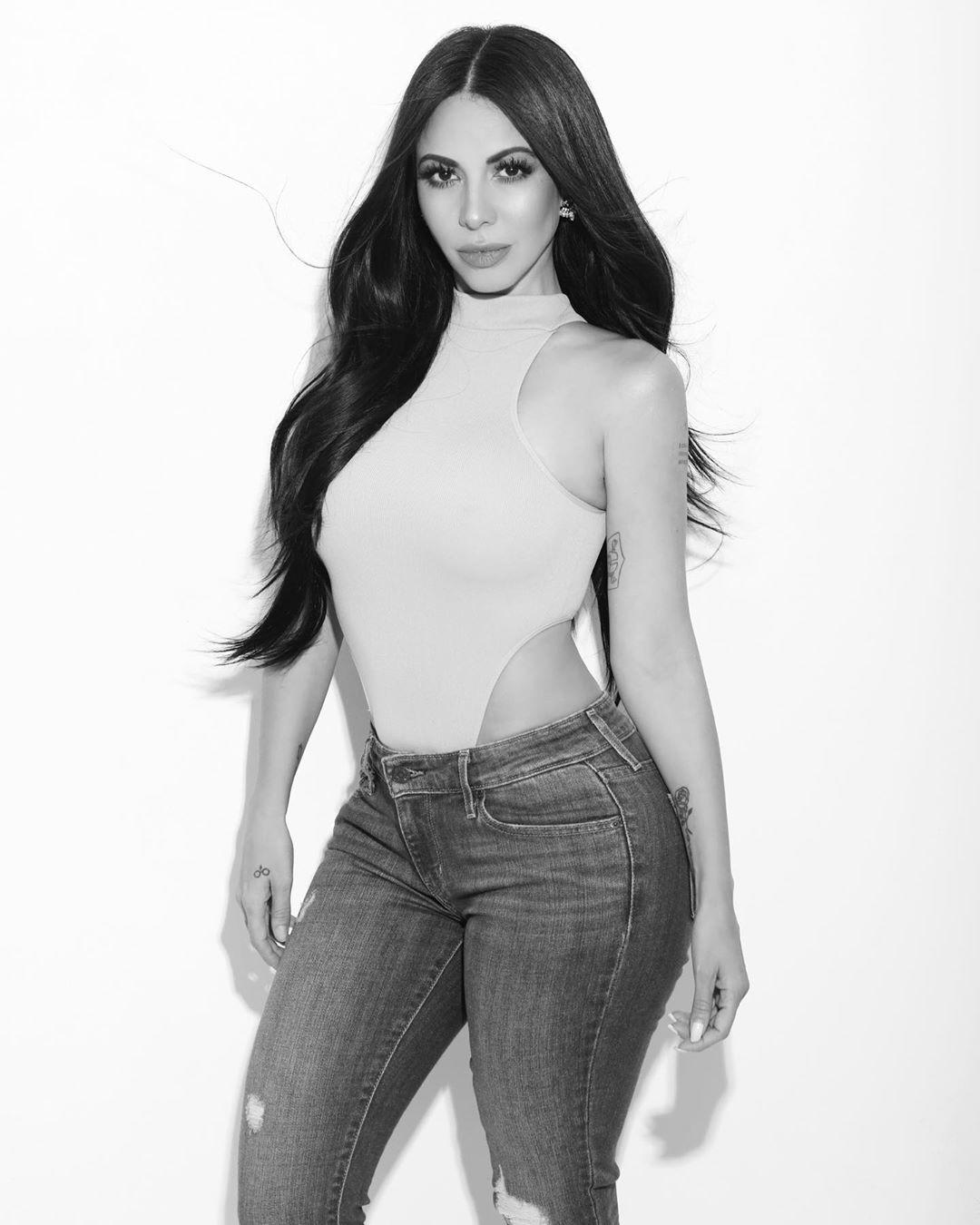 Check these perfect fashion model, Jimena Sanchez