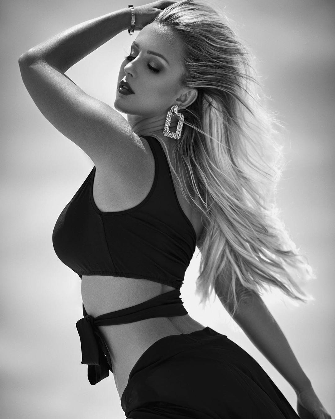 Amanda Paris Hot Pictures, Black and white, fashion model