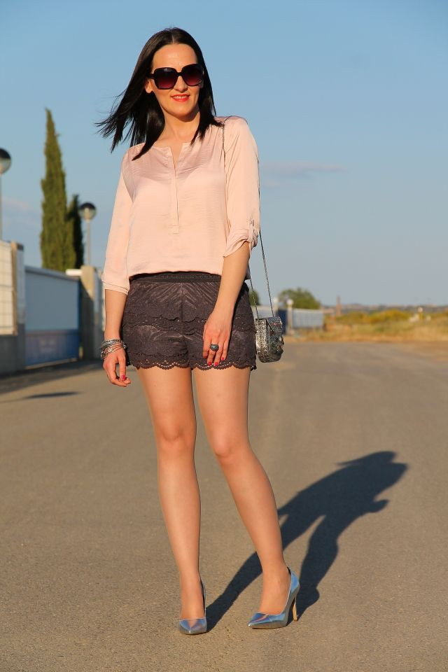 Shorts lace office attire, Casual wear