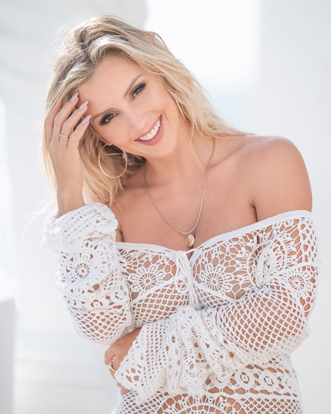 Amanda Paris Hot Pictures, MNML Health, Photo shoot