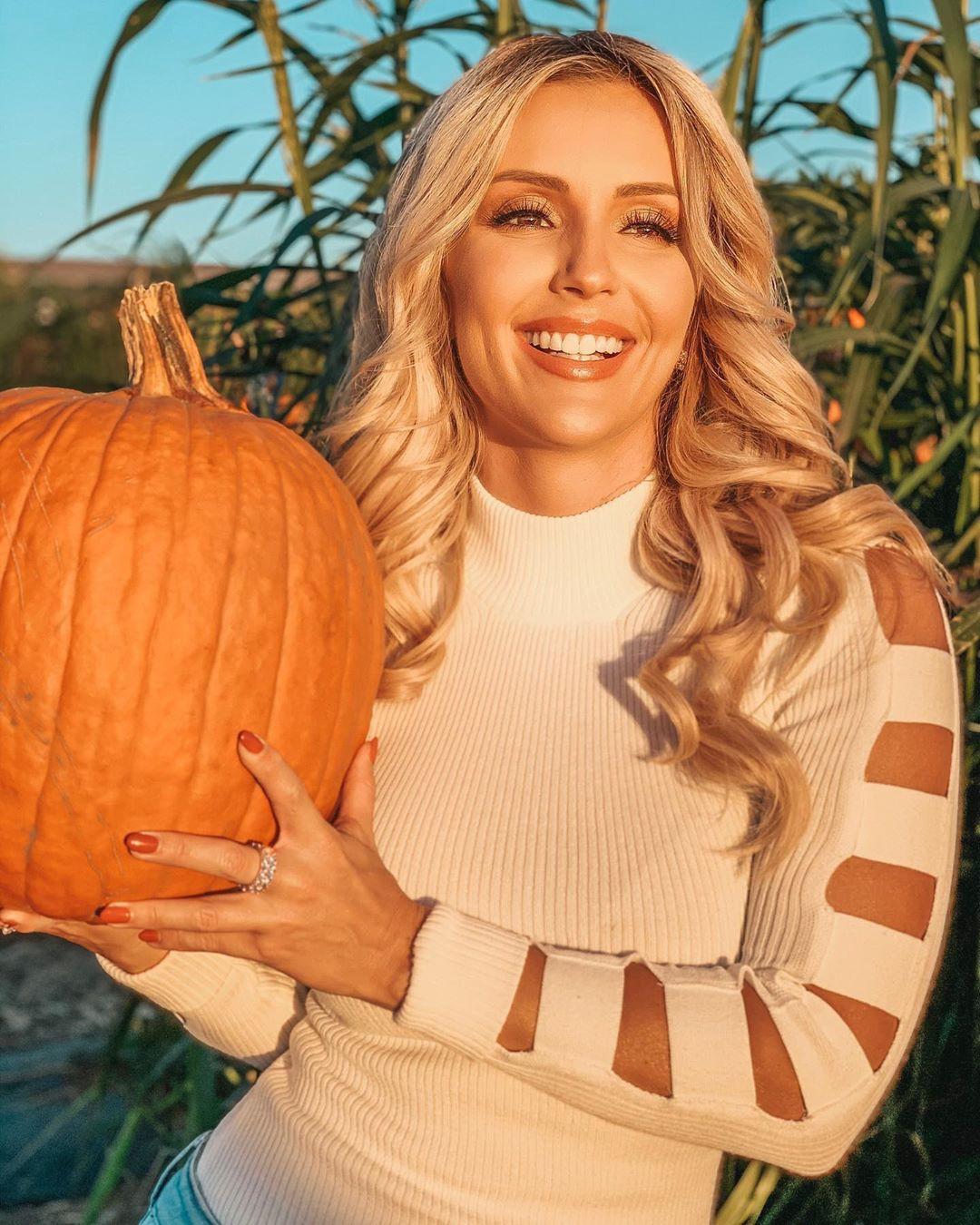 Amanda Paris Hot Pictures, Arianny Celeste, Las Vegas