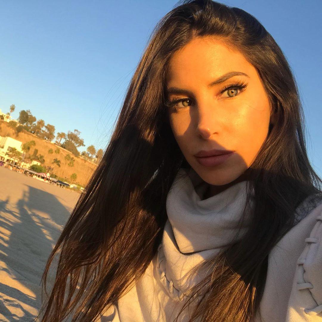 Jen Selter Instagram, Jen Selter, Vibrant Fuchsia