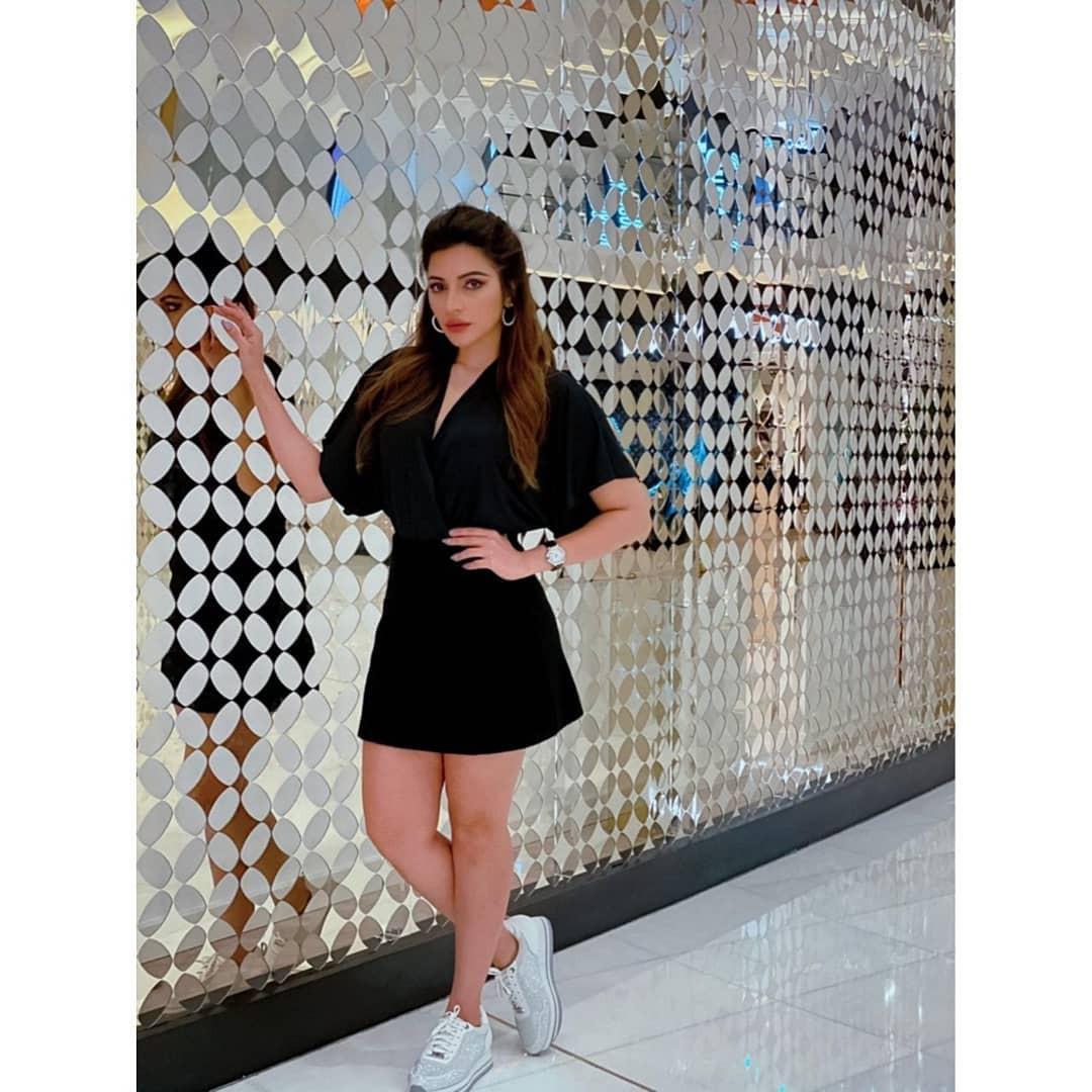 Shama Sikander Hot Pics, Little black dress