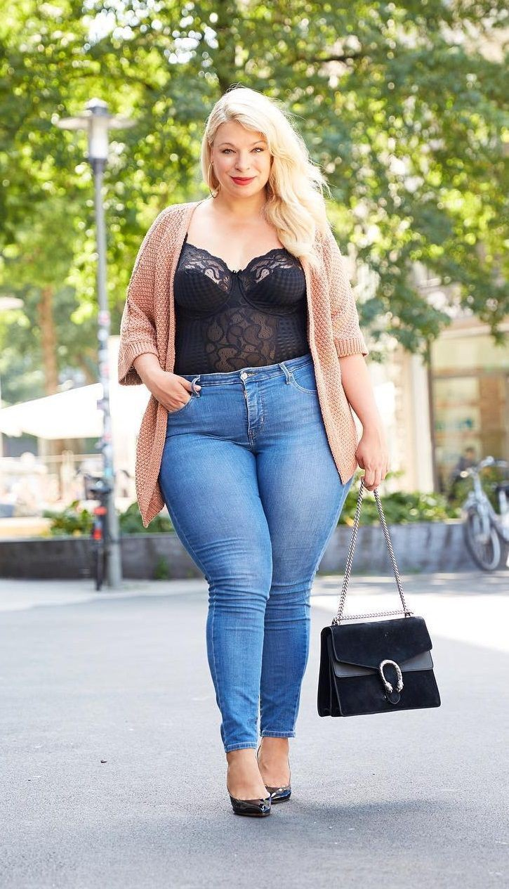 Looks sexy plus size, Plus-size clothing