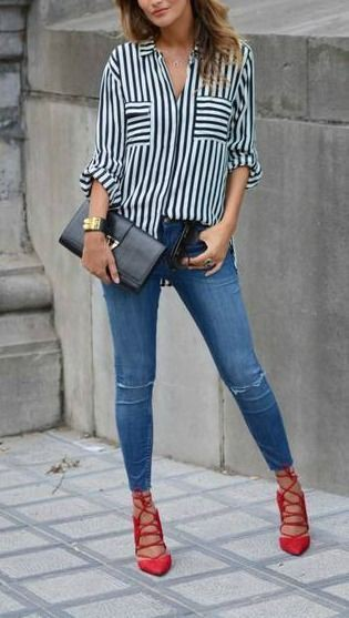 Red heels and jeans outfit