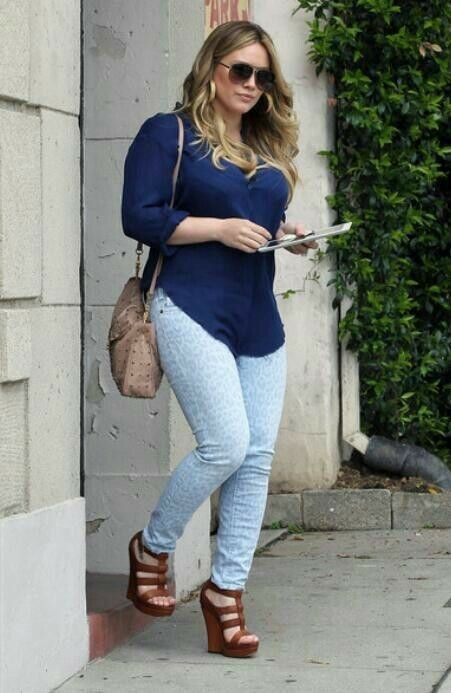 Plus size outfit with wedges