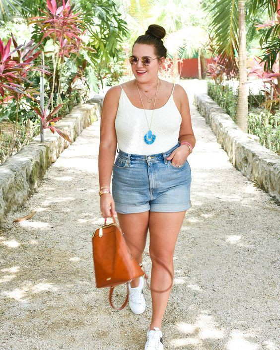 Summer outfits for curvy girls