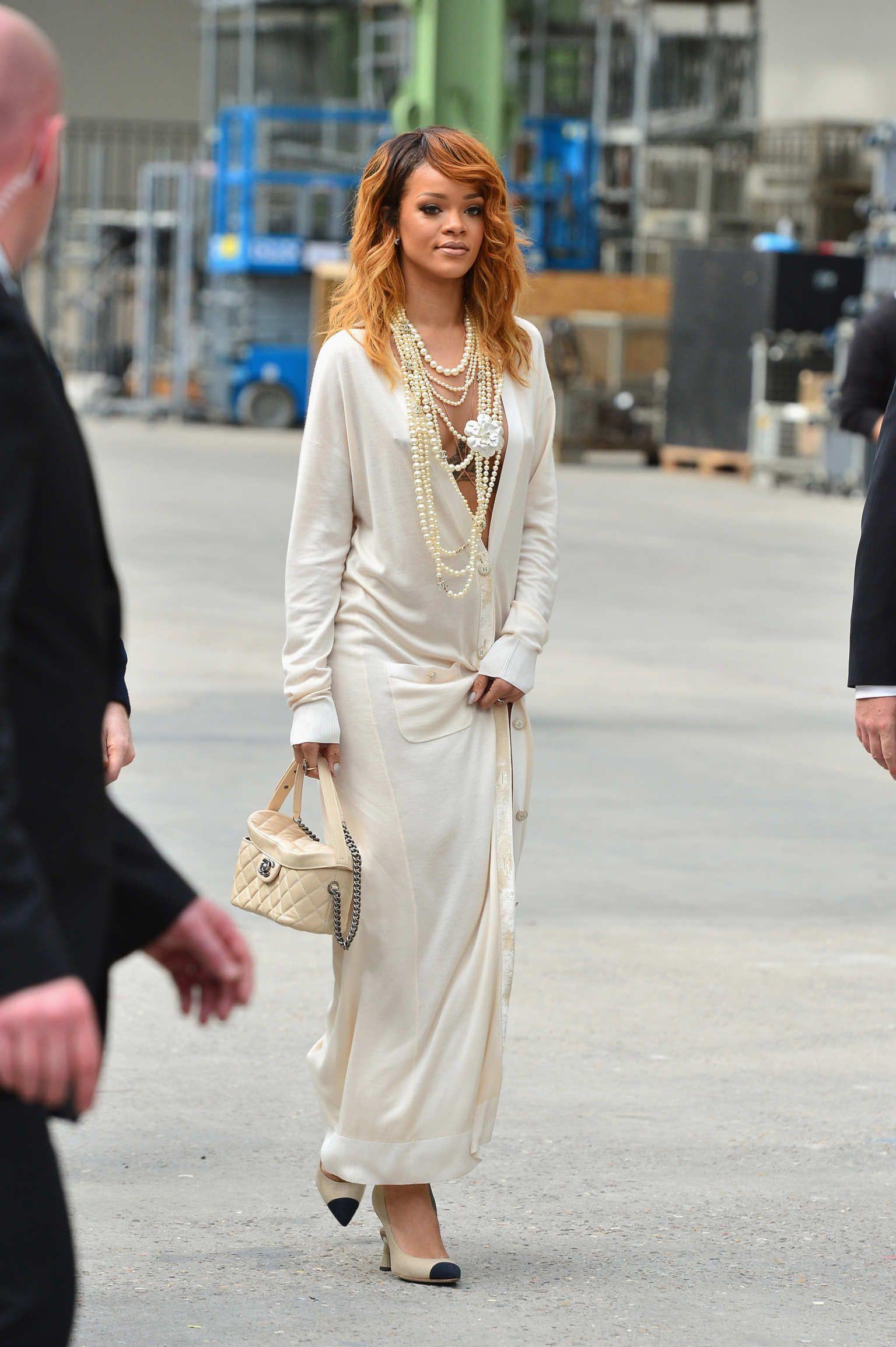 Rihanna chanel fashion show, Grand Palais