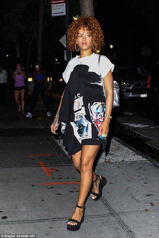 Rihanna curly hair outfit, Rihanna Navy