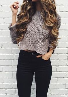 Cropped Sweaters Outfits, White knit sweater, Casual wear