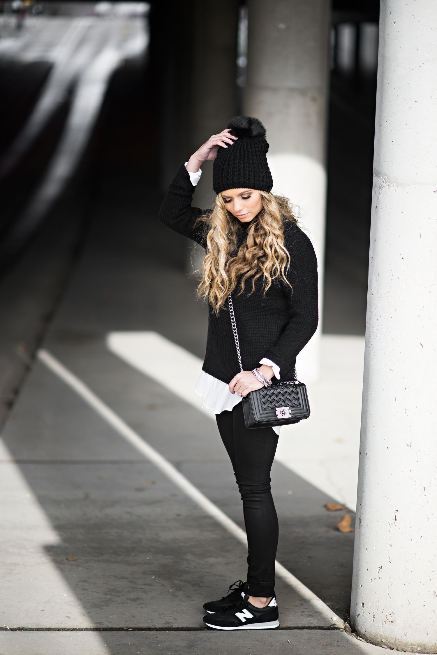 Outfits To Wear With Sneakers, Black M