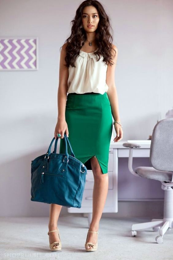 Green pencil skirt outfit
