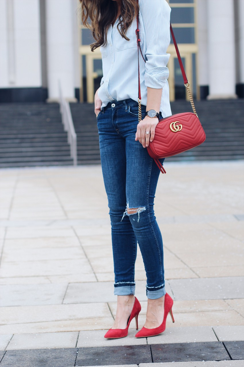 Trendy and classic red heels outfit, Suède Pumps