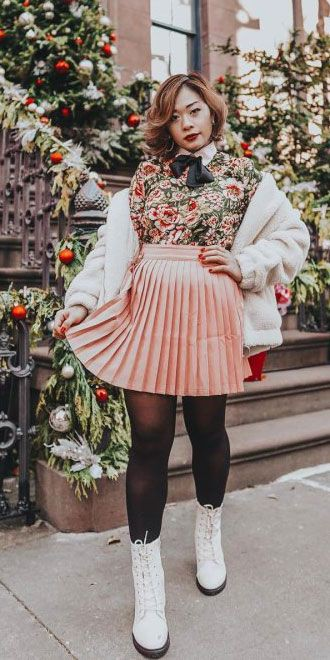 Holiday Outfit Ideas For Women, Christmas Day, Pattern M