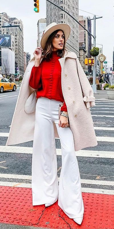 Winter Holiday Outfit Ideas For Women
