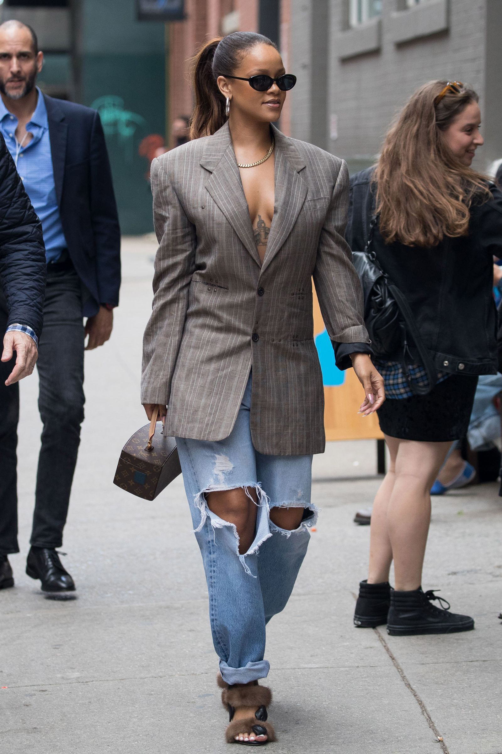 These trendy ideas for rihanna 2018 street style, Fashion week