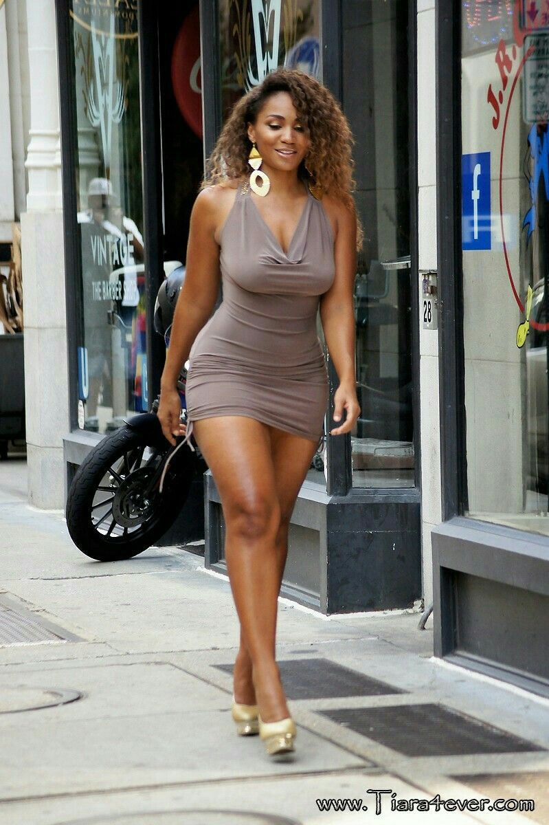 These are fantastic beautiful black women, Black people