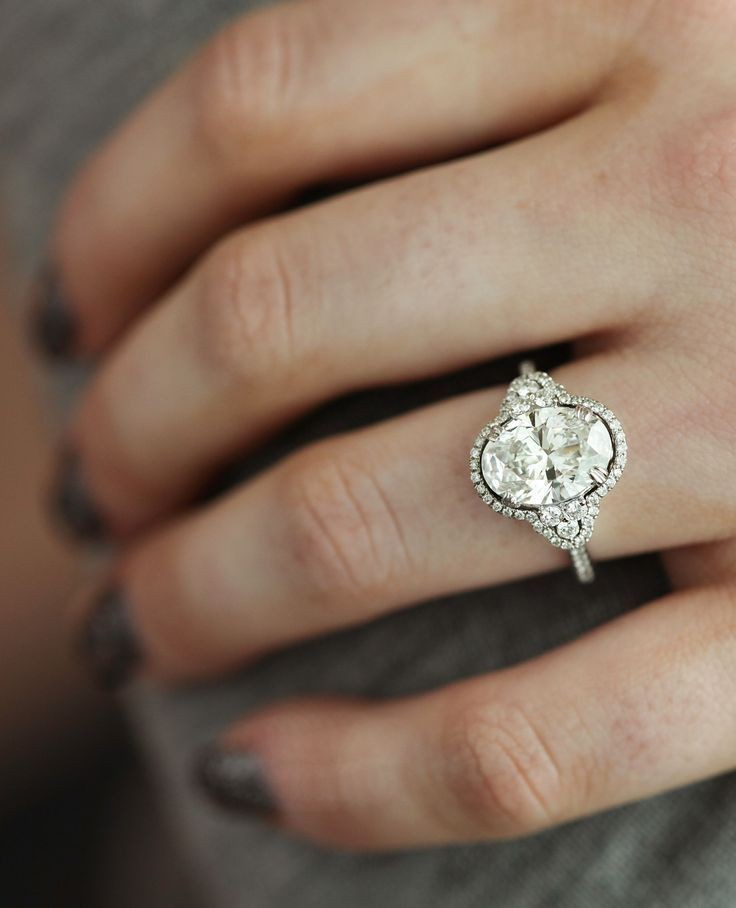 The very best of timeless engagement rings, International Gemological Institute