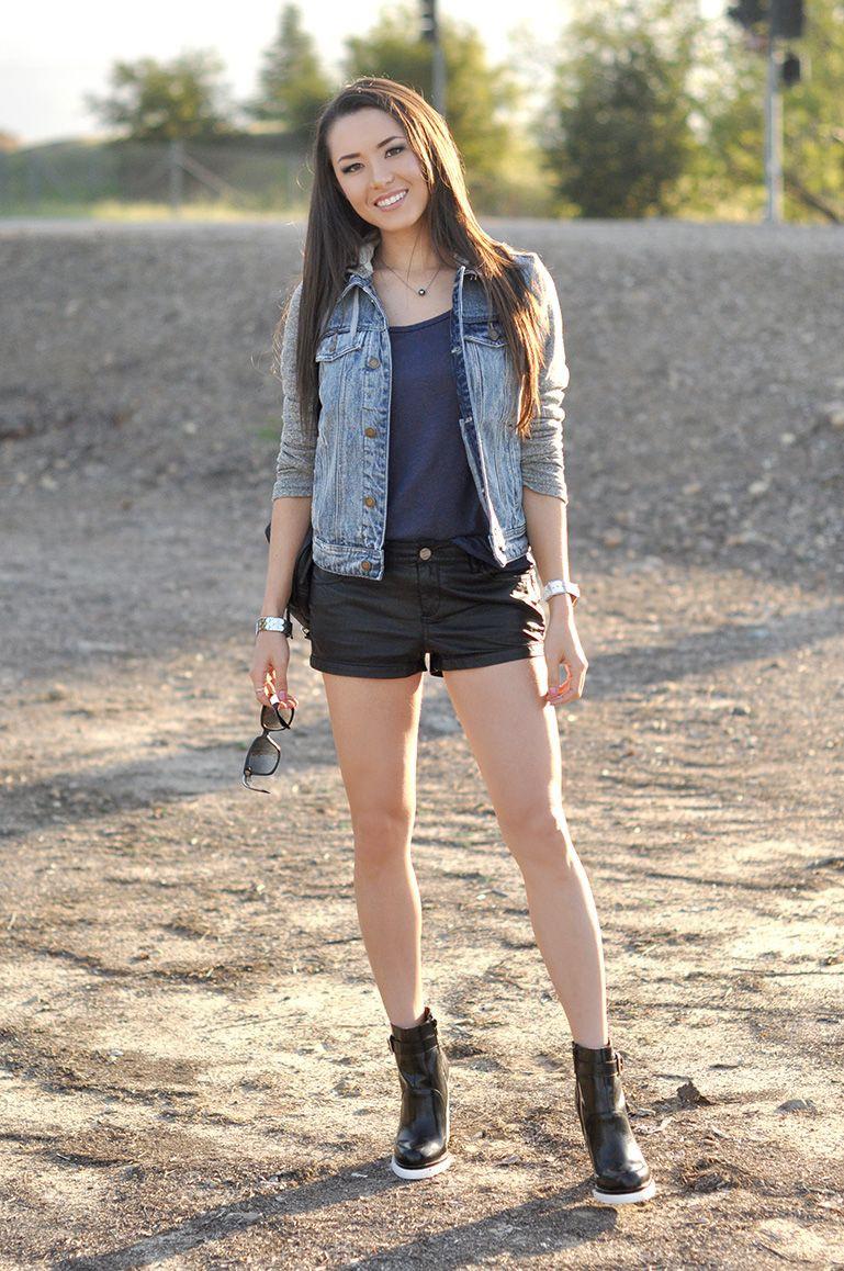 Summer Women's Denim Jacket Outfit