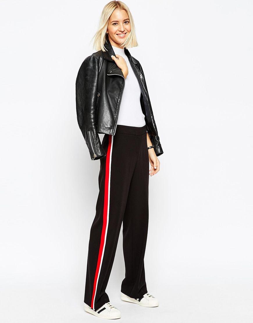 Wide leg trouser with side stripe
