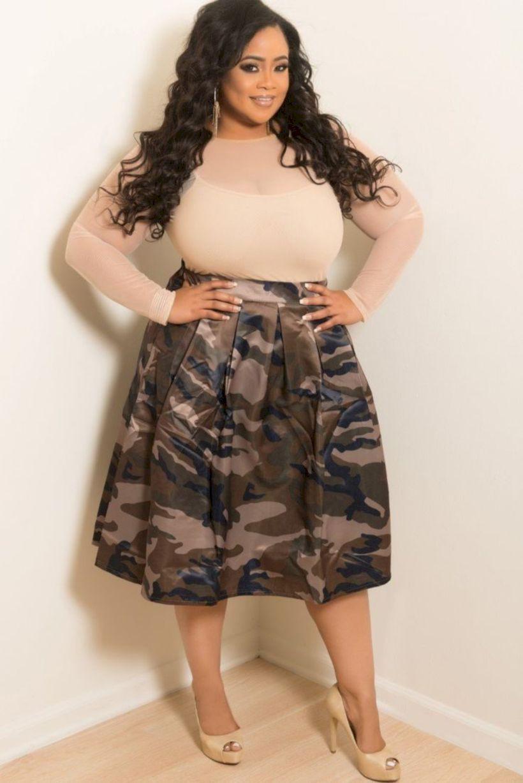 Beautiful & Stylish fashion model, Fashion To Figure