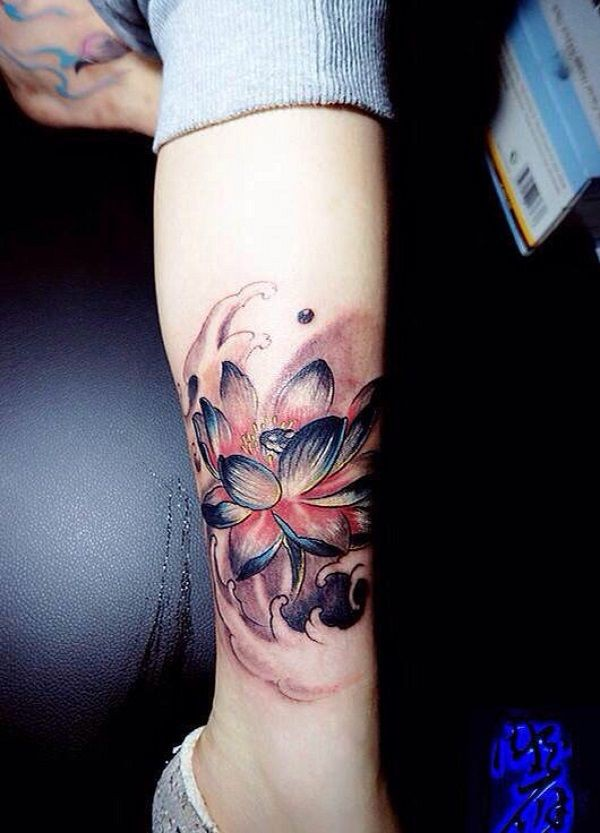 Beautiful & charming Nymphaea nelumbo, Tattoo artist