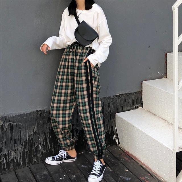 Feel these nice korean plaid pants, Capri pants