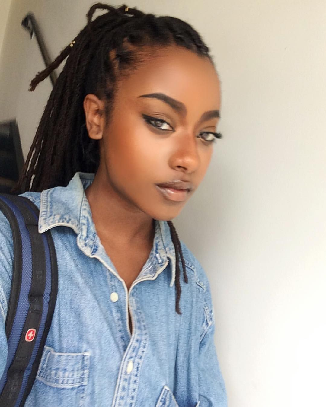 Stunning choice for black girl instagram, Artificial hair integrations