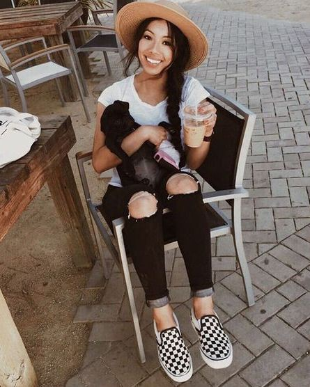 Black and white checkered vans outfit