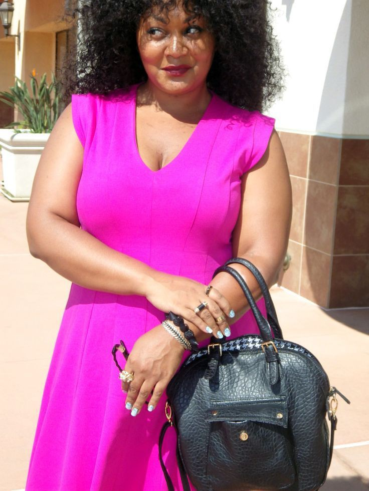 Plus Size Work Outfit, Art we share, Elle Pink
