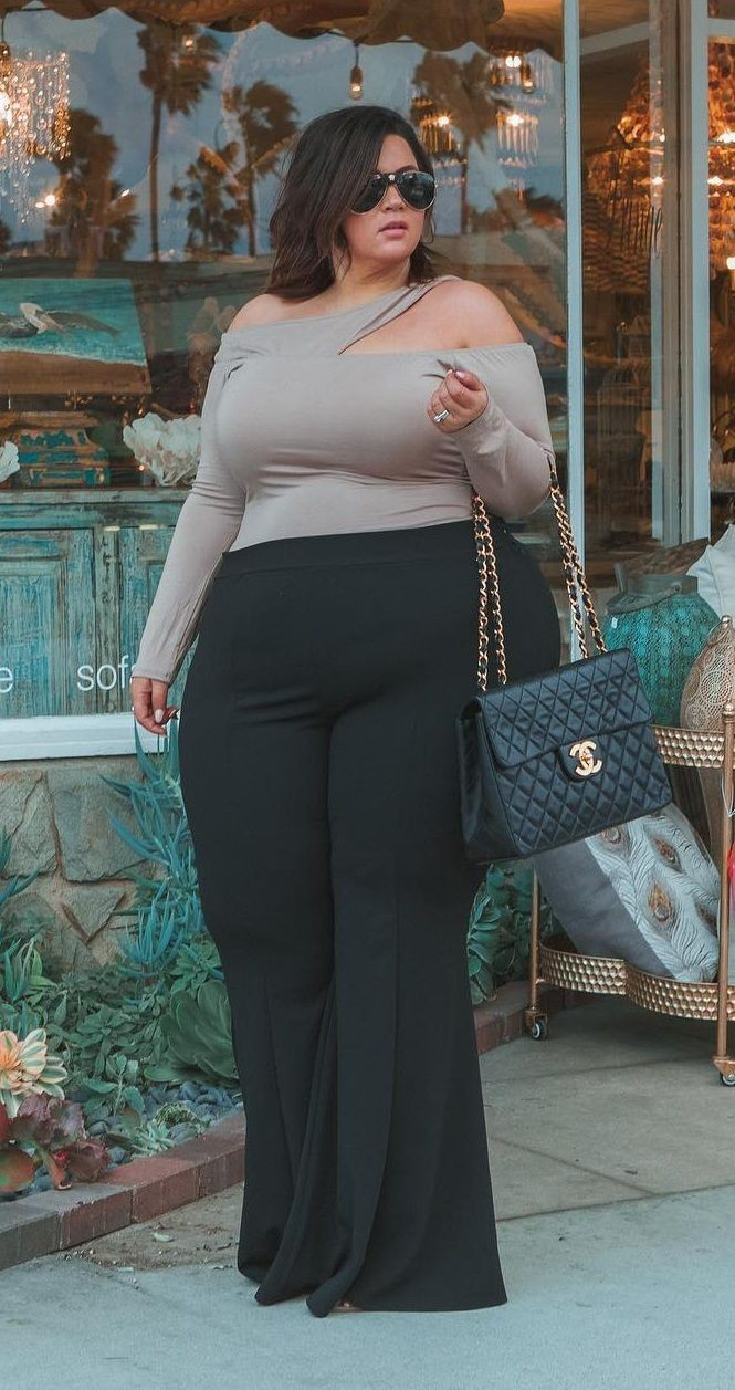 Trendy Plus Size Outfits With Plazzo, Plus-size clothing, Plus-size model