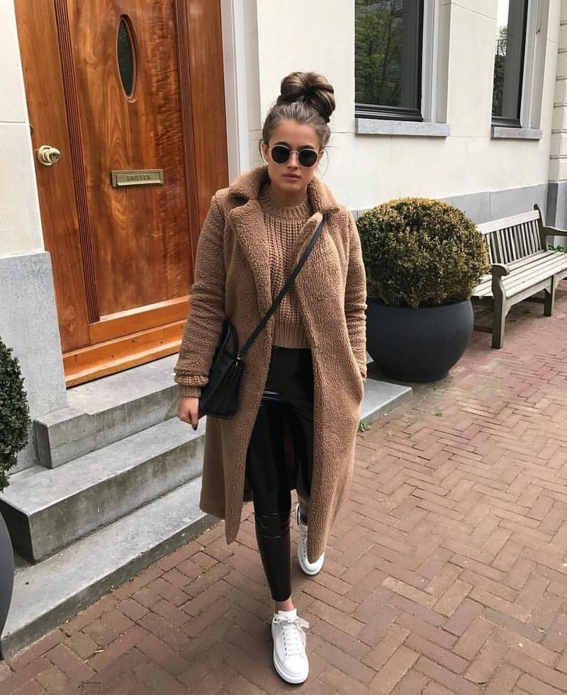Blonde girls tips for winter outfit ideas, Winter clothing