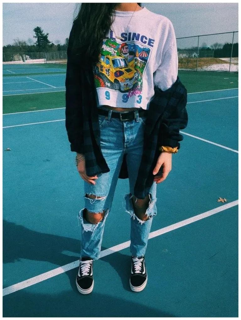 School Outfits Ideas, Street fashion, Denim skirt