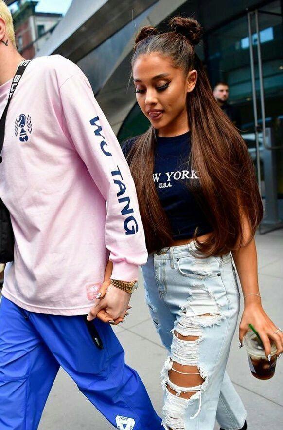 Ariana grande carmar jeans
