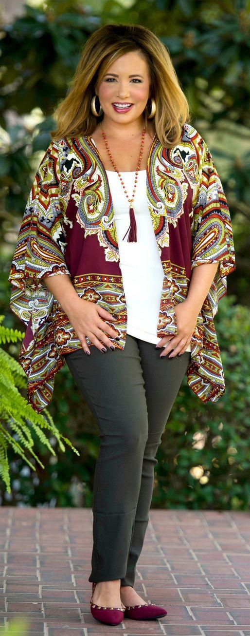 Adorable stuff fashion model, Tara Lynn