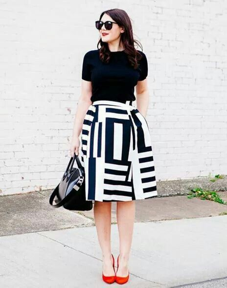 Most liked and must see bold striking outfits, Clothing sizes