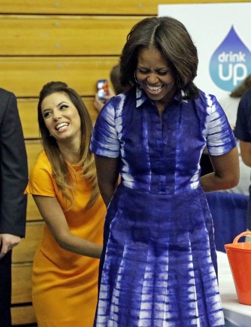 Michelle obama wearing adire, African Dress