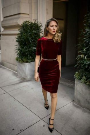 Most liked and admired velvet pencil dress, Little black dress