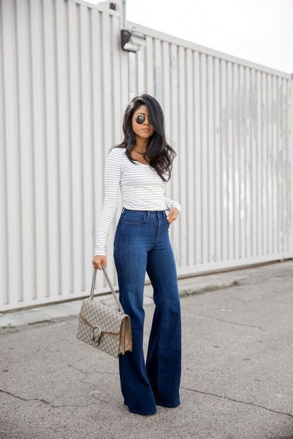 Flared high waisted jeans outfit