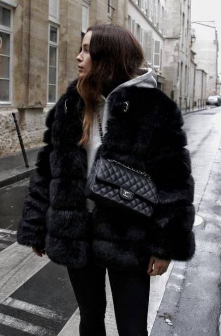 Fashionable and stylish ideas for fur clothing, Black fur coat