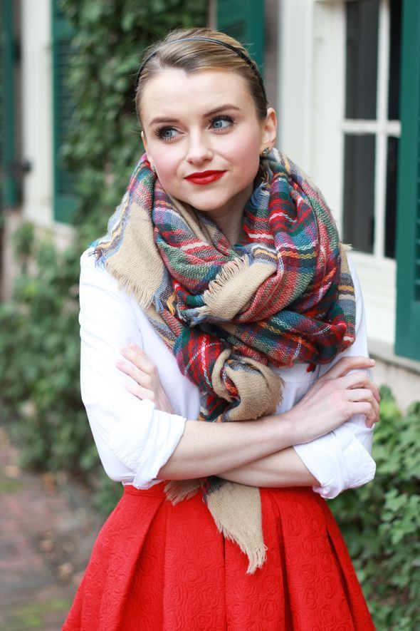 Red Skirt Outfit, Leather skirt, Full plaid