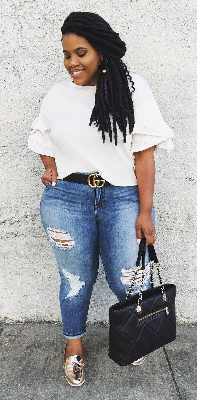 White t shirt and jeans women plus size