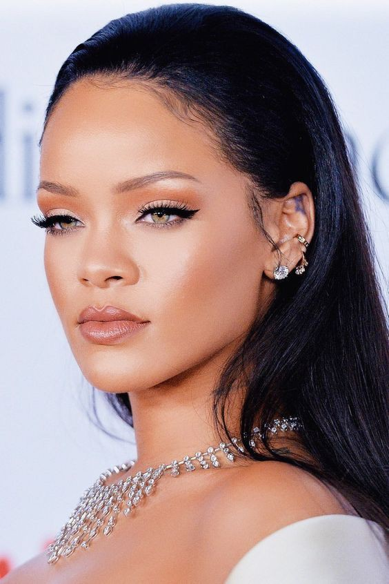 Rare collections of rihanna makeup looks, We Heart It