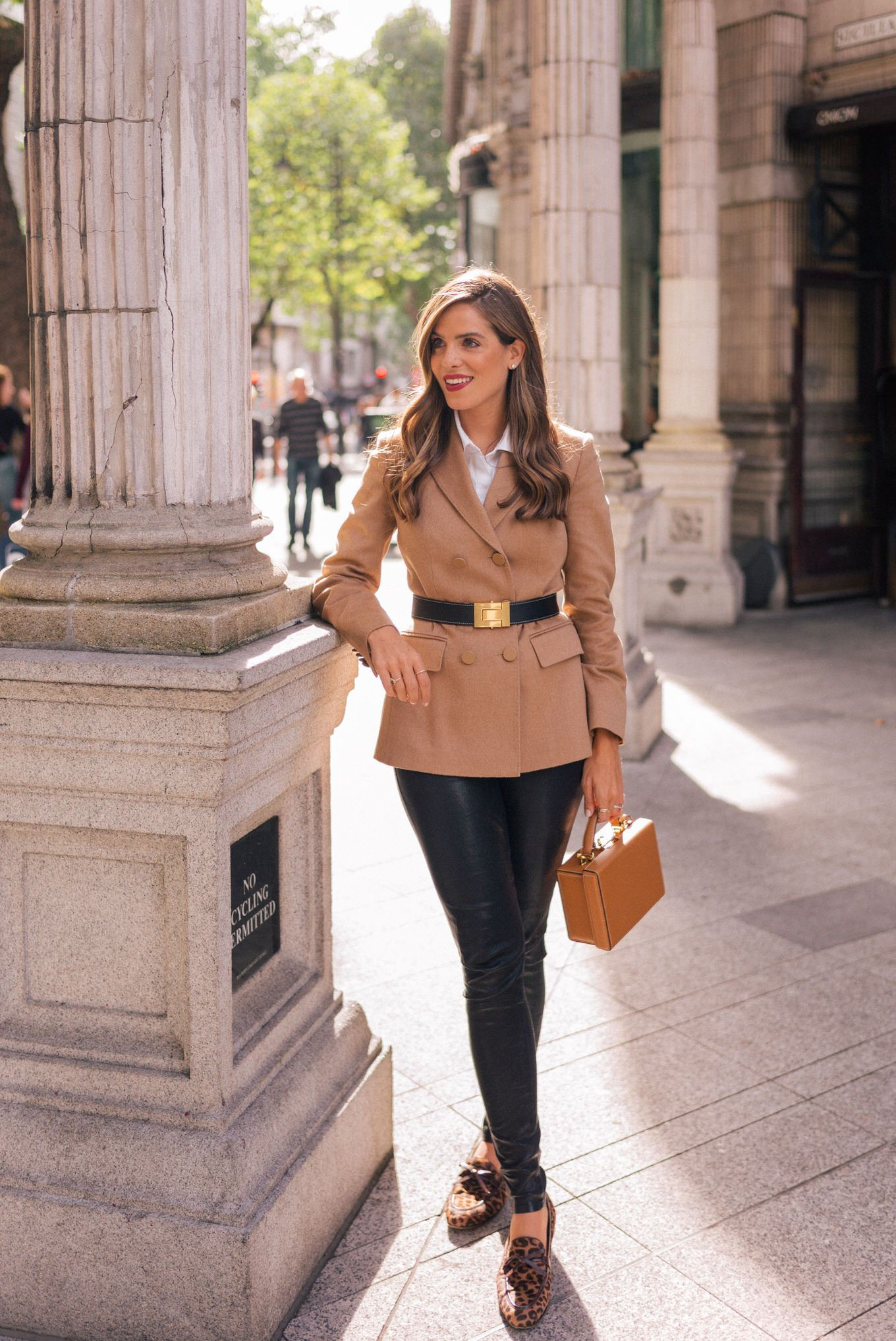 Street Style Brown Pants Outfit For Girls